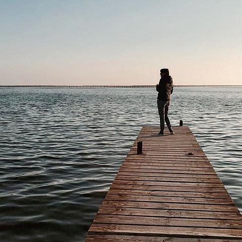 A path to the pond #etangdethau #bouzigues #languedocroussillon